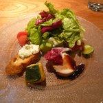 7563743 - 前菜(ブルーチーズ、かぼちゃバニラ風味、蒸し鶏バルサミコ酢)
