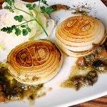 ラ・ムッジーナ - 丸ごと使った新玉葱のステーキとジンジャーマリネ
