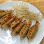 大福 - 焼き餃子8個 420円