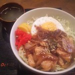 75638433 - トンテキ丼 800円
