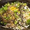 きんちゃく家 - 料理写真:生しらすと釜揚げしらすハーフ丼