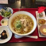 食彩遊膳 まる梅 - 肉中華セット