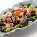 板前寿司 - 海鮮サラダ