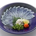 板前寿司 - てっさ(とらふぐ刺し薄造り)