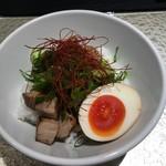 鶏soba 座銀  - 炙り豚チャーシュー丼