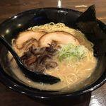 麺屋おか田 - 玉名ラーメン¥680