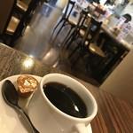 リヨン - ホットコーヒー410円