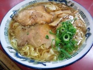 萬來軒 - ラーメン(大)
