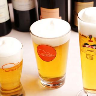 ドイツ、ベルギー、お昼から世界の特選生ビールを♪