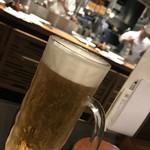 神戸六甲道・ぎゅんた - 生ビール561円