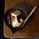 箱庭 - 牛肉と豆腐の煮込み