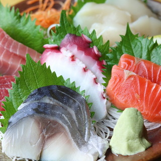 こだわりの食材は魚介類から野菜まで♪
