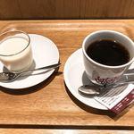 カフェ レクセル - ブラマンジェと今回のコーヒー