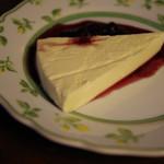 cafe 螢明舎 - レア・チーズケーキ