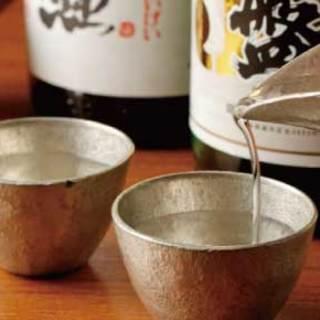 おいしいお料理にお酒がススム。酒器で飲む贅沢な日本酒