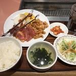 朝鮮飯店 - 料理写真:Aランチ