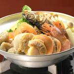 やくしま - 海鮮焼きあご塩ちゃんこ鍋(塩味)