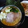 ハルピンラーメン - 料理写真:豚骨醤油(こくいち):鶏唐揚