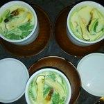 和食 ひと塩 - 「ひと塩」といえば茶碗蒸しです!具がたっぷりの自信作です。
