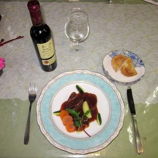 ☆美味しい焼鳥はもちろん、お肉のメニューも充実。お肉の煮込み料理をワインと一緒にいかがですか?☆