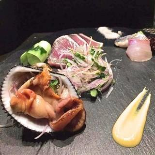 旬の食材を使った手の込んだ和食を、リーズナブルに愉しむ。