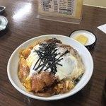 食堂 広島屋 - カツ丼七百円