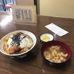 食堂 広島屋 - 全体図