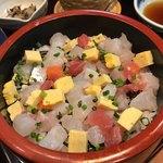 本まる寿司 - ボリュームもアリ