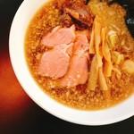 拉麺ろはん - 料理写真:ろはん背脂のしょうゆ