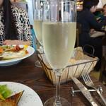 ラ コッペ - スパークリングワイン600円