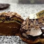 スイーツスタジオ ベルノート - チョコ好きのためのチョコシュー。トリプルチョコDX(冬季限定)