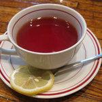 ワコー - 紅茶 380円
