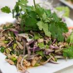 ソンポーン - 2017.11 ラープガイサイグン(1,200円)レバー砂肝入り鶏挽き肉サラダ