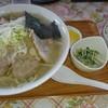 きいちゃん食堂 - 料理写真:しおツブホッキラーメン大盛1,000円おまけのライス(笑)