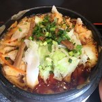 華龍飯荘 - 激辛豚肉煮込みメン880円