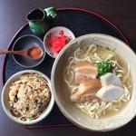 琉球料理 ぬちがふぅ - 三枚肉すば(ジューシー付き)