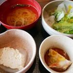 75767450 - 小鉢、サラダ、吸物