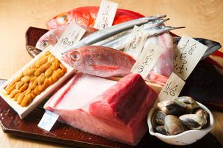 ひとはし - 産地直送ができる鮮魚が自慢