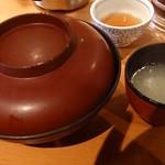 75769513 - 親子丼スープ付きで950円