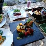杉幸園 - 料理写真:11月の3500円コース料理です。写真のお料理に特別デザートセットが付き、大変お得です