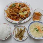万里長城 - 酢豚定食¥550