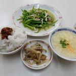 万里長城 - 青椒肉絲定食¥500