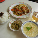 万里長城 - 焼きそば定食¥500