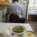 万里長城 - にんにく芽定食¥550