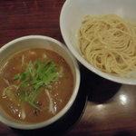 ガガナラーメン 極 - ホルモンつけ麺