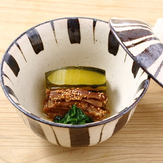 有機食材、無添加調味料を使用した日本料理店です