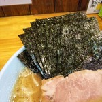 家家家 - 海苔増しは5枚50円。