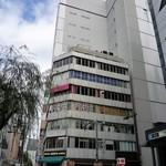 アメニテ ギンザ - このビルの5階