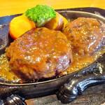 炭焼きレストランさわやか - げんこつハンバーグ オニオンソース