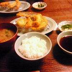 758198 - 天ぷら定食の小鉢・漬物・ご飯・みそ汁